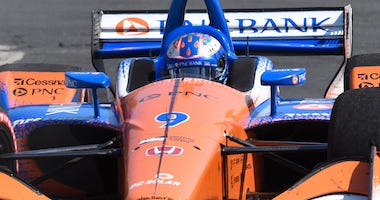 PNC Bank Chip Ganassi Racing's Scott Dixon Nails The Apex At Turn 3 At The Honda Indy Toronto
