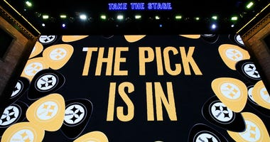 A video board as the Pittsburgh Steelers pick is announced  2019 NFL Draft