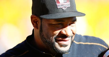 Hall of Famer Jerome Bettis spends time on the field before the start of a Pittsburgh Steelers game at Heinz Field
