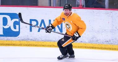 Patric Hornqvist returns to practice after coronavirus isolation