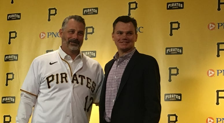 Derek Shelton introduced in Pittsburgh