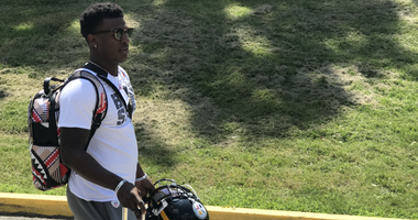 Steelers cornerback Mike Hilton arrives at 2019 training camp