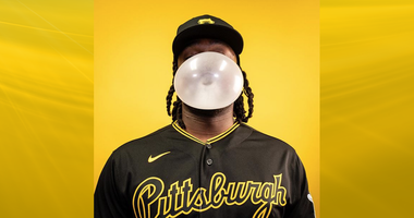 Josh Bell in new Pirates uniform