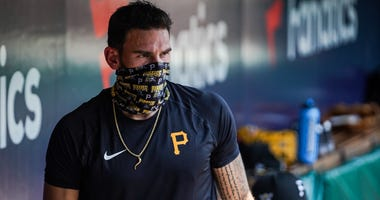Joe Musgrove wearing mask