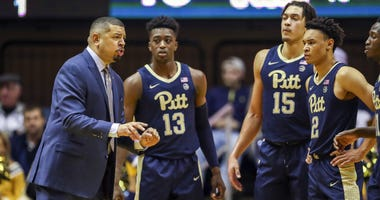Jeff Capel & Pitt players