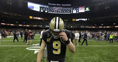 New Orleans, LA, USA; New Orleans Saints quarterback Drew Brees (9) leaves the field after losing to the Los Angeles Rams in the NFC Championship game