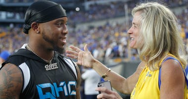 Heather Lyke with Quadree Henderson