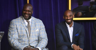 Los Angeles Lakers former center Shaquille O'Neal (left) and guard Kobe Bryant