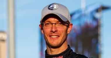 Sebastien Bourdais Wins IndyCar Phoenix Pole