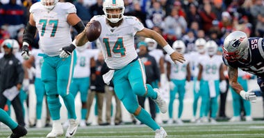 Mike Tannenbaum calls Ryan Fitzpatrick the best QB in the AFC East
