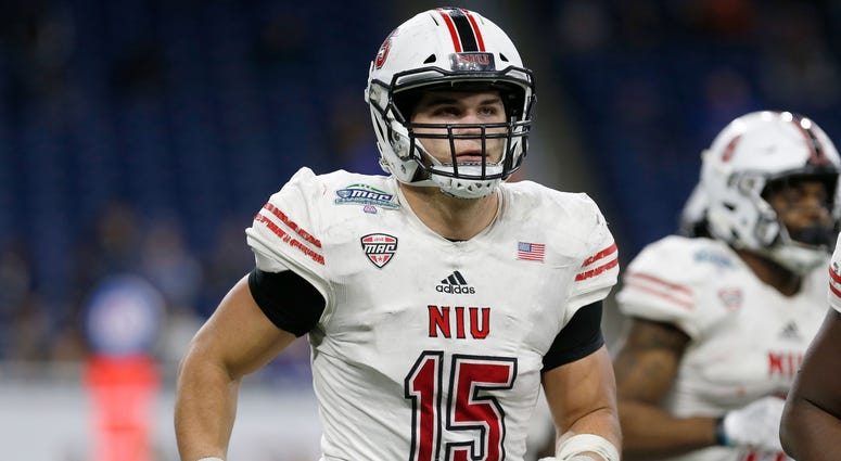 Northern Illinois Huskies defensive end Sutton Smith (15) against the Buffalo Bulls at Ford Field.