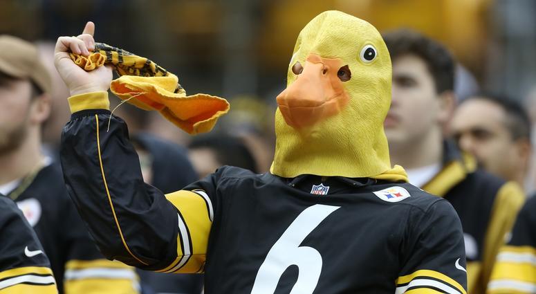 Steelers fan with Duck head