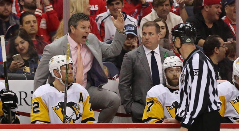 Mike Sullivan screaming at refs