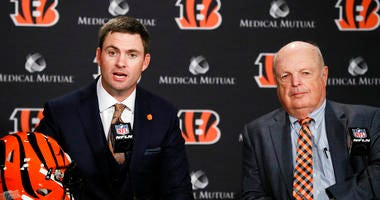 Cincinnati Bengals football head coach Zac Taylor, left, speaks alongside Bengals owner Mike Brown, right
