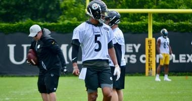 Steelers QB Josh Dobbs at OTA in 2019