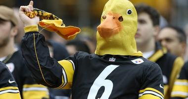 Steelers fan with Duck head