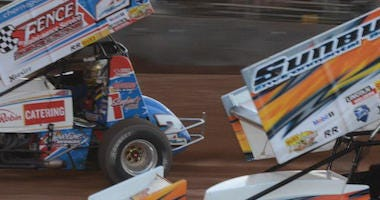 Sprint Car Action At Lernerville Speedway
