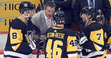 Mike Sullivan speaks to this team