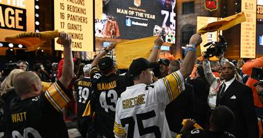 Pittsburgh Steelers fans cheer during the 2019 NFL Draft in Downtown Nashville.
