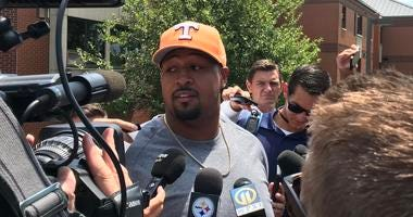 Steelers guard Ramon Foster at training camp in 2019