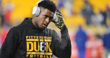 Pittsburgh Steelers wide receiver JuJu Smith-Schuster warms up before playing the Buffalo Bills at Heinz Field.