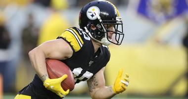 Pittsburgh Steelers wide receiver Ryan Switzer (10) turns a kick-off against the Los Angeles Rams during the first quarter at Heinz Field. Pittsburgh won 17-12.