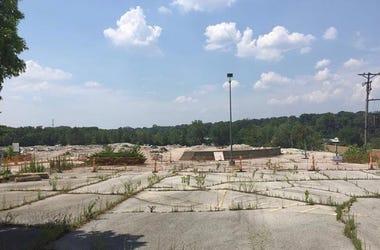 Crestwood Plaza