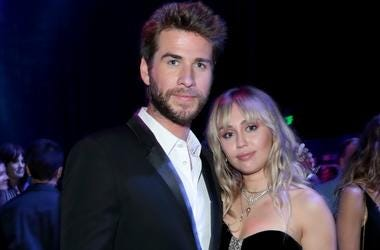 Liam Hemsworth and Miley Cyrus attend the Los Angeles World Premiere of Marvel Studios' 'Avengers: Endgame'