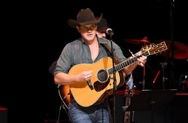 Jon Pardi performs at the C'Ya On The Flipside Benefit Concert!