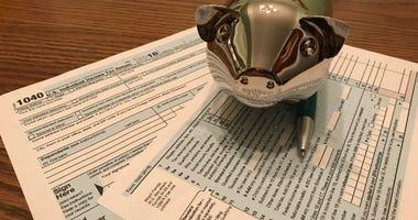 IRS 1040 Form Piggy Bank