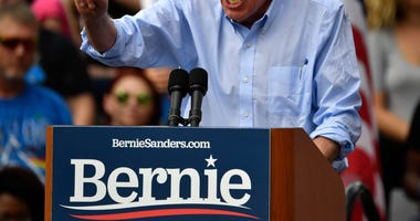 Bernie Sanders Speaking © Timothy D. EasleySpecial to Courier Journal, Louisville Courier Journal via Imagn Content Services, LLC