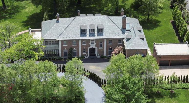 Brett Hull mansion in Clayton