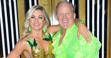 sean spicer and lindsay arnold