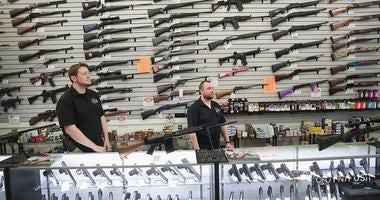Gun manufacturer and dealer in Illinois