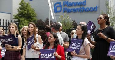 Planned Parenthood prolife protestors