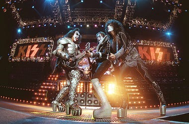 KISS, Gene Simmons, Classic Rock, Icons