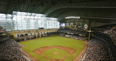 Generic view of the field during the MLB game between the Houston Astros and the Arizona Diamondbacks on June 27, 2002 at Minute Maid Park in Houston, Texas. The Astros won 7-4.