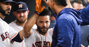 Jose Altuve enters the dugout vs. the Rays