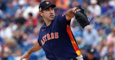 Houston Astros starting pitcher Justin Verlander (35) delivers a pitch against the New York Mets at Clover Park.