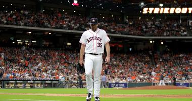 Verlander leaves the field