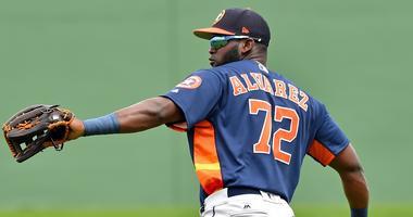 Astros Promote Yordan Alvarez