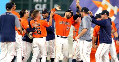 Chrinos' Double Lifts Astros To Walk-Off Win