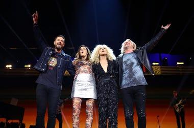 Jimi Westbrook, Karen Fairchild, Kimberly Schlapman, and Phillip Sweet of Little Big Town perform onstage