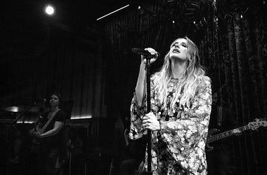 Carly Pearce Singing Black & White
