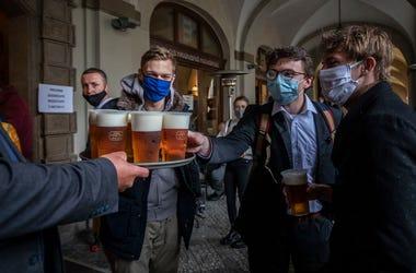 Beer & mask