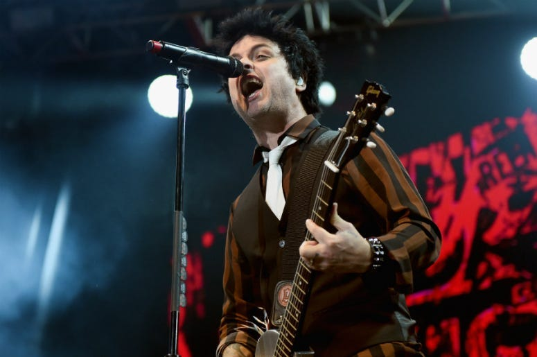 Dk Chats With Billie Joe Armstrong Of Green Day The New Alt 105 3