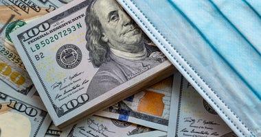 Coronavirus money mask