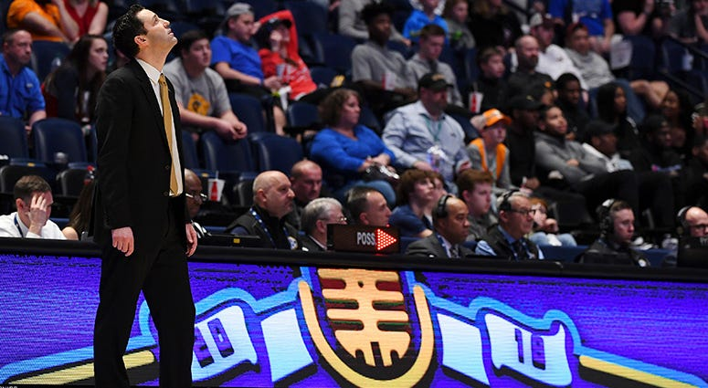 Vanderbilt Commodores head coach Bryce Drew looks up at the scoreboard in the final minutes of a loss to Texas A&M Aggies in the SEC conference tournament at Bridgestone Arena.