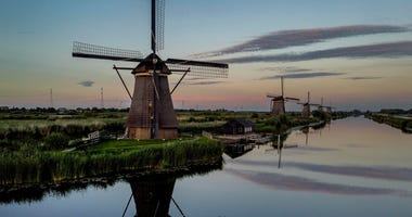 Dutch economy shrinks by 'unprecedented' 8.5% as virus hits