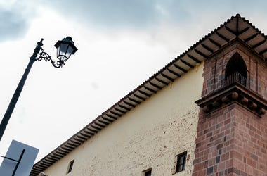 Street Light, Corner, Building, House, Downtown, Cusco, Peru